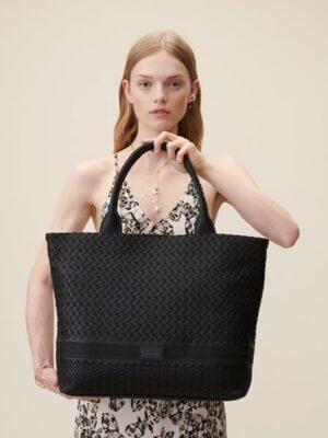 lala tasche groß schwarz detail.jpg
